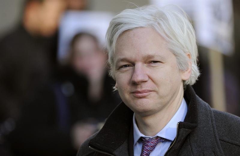 Julian Assange recibe asilo político en Ecuador