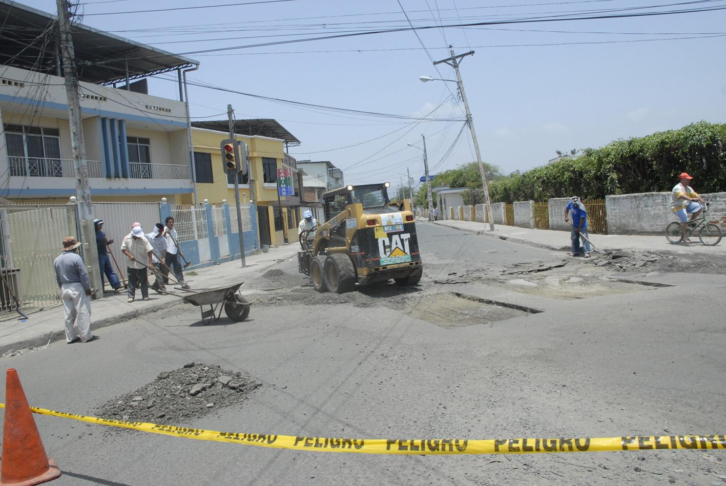 Correa: Municipio de Portoviejo debe arreglar calles