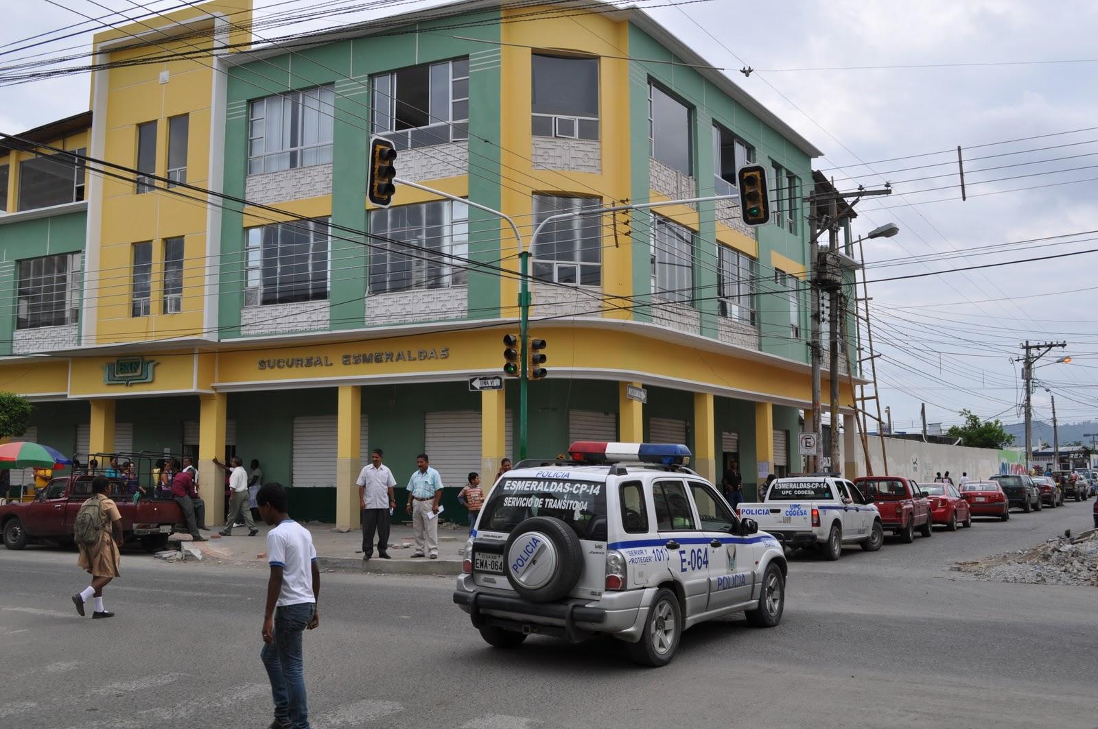 Varias agencias del Banco de Fomento son investigadas
