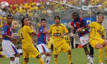 Barcelona no podría jugar la Copa Sudamericana en Quito por reglamento de la Conmebol