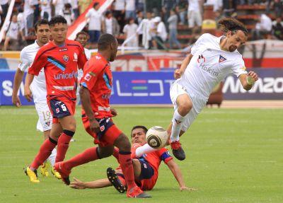 Liga de Quito, D. Cuenca y Barcelona lideran la tabla