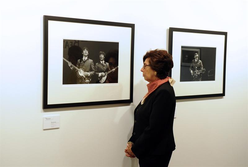 Exponen fotos del primer concierto de Los Beatles en NY