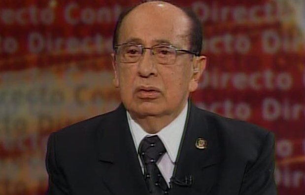 B. Cevallos destituyó a juez Coba