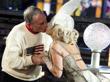 Alcalde de New York besó a Lady Gaga