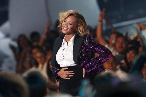 Beyoncé da a luz a una niña que se llamará Ivy Blue