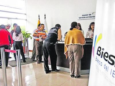 BIESS baja tasa de interés para hipotecarios a 7,9%