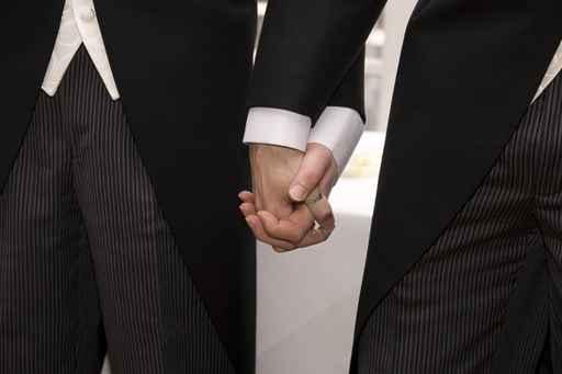 Todas las bodas gays celebradas en el país son válidas