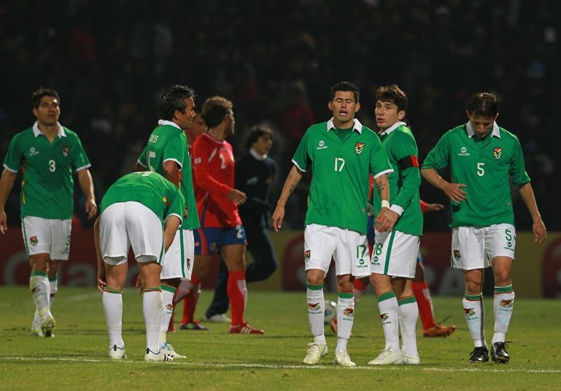 Selección boliviana cayó del cielo al infierno dice prensa