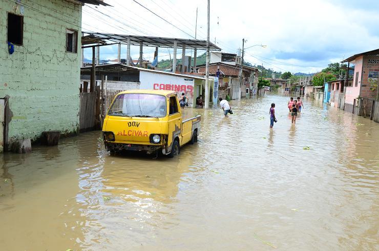 Calceta afectado por inundacion el 20-03-20123