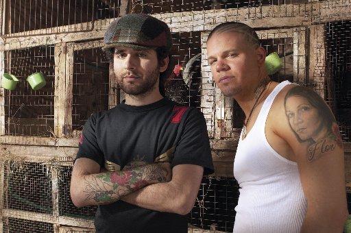 'Visitante', del grupo Calle 13, se casa con una cantante cubana