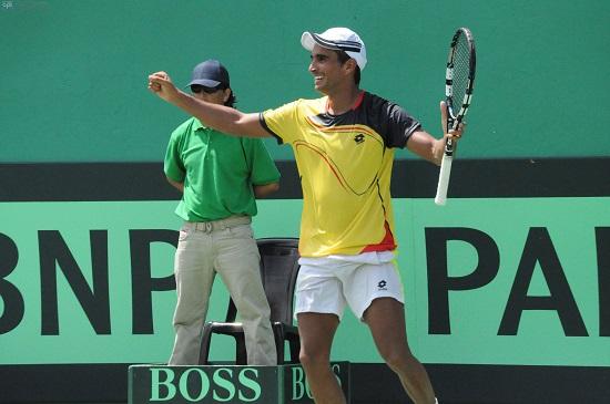Campozano da el primer triunfo a Ecuador en la Copa Davis