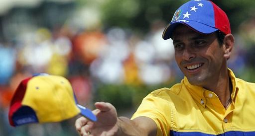 Capriles acusa a Maduro de ser 'vago'