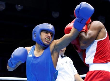 Carlos Quipo clasifica a los octavos de final en boxeo