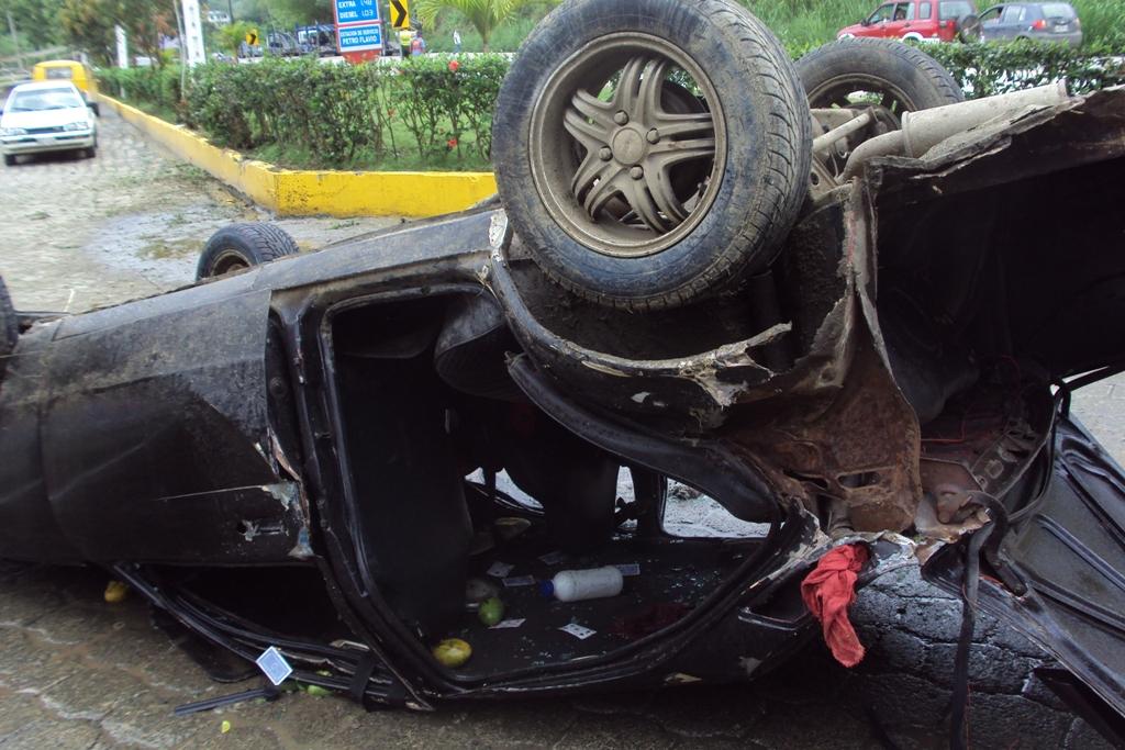Familia sufre accidente luego de paseo en Tosagua