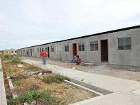 Entregarán casas para familias que viven en zonas de riesgo