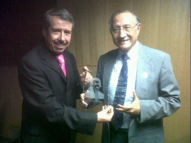 El Diario recibe premio nacional de la UNP