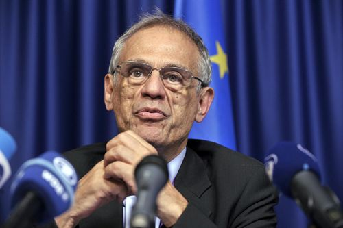 Ministro de Economía de Chipre renuncia a su cargo