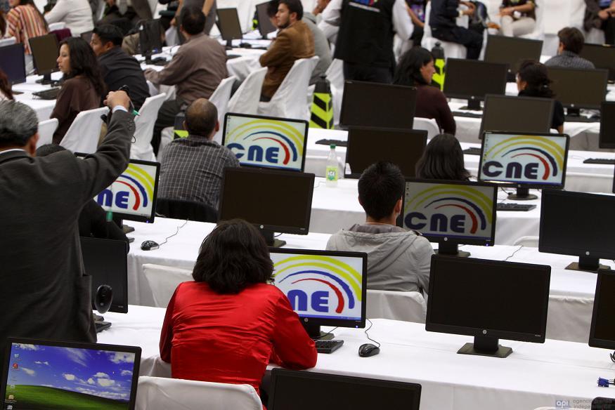 Más de 800 denuncias por afiliaciones falsas en Manabí