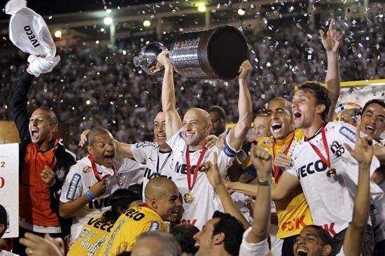 Emotiva celebración del Corinthians