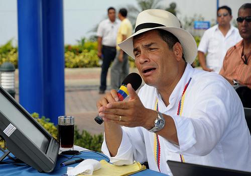 Correa enviará preguntas de consulta popular el lunes