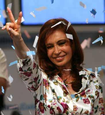 Cristina Fernández toma la delantera electoral también en las redes sociales