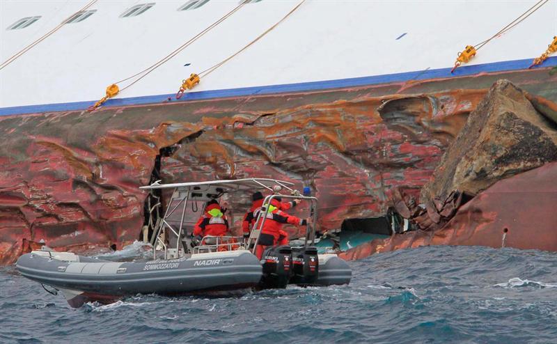Costa Cruceros admite error del comandante del barco