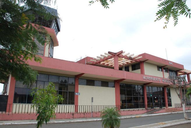 Aeropuerto de Portoviejo no se cerrará