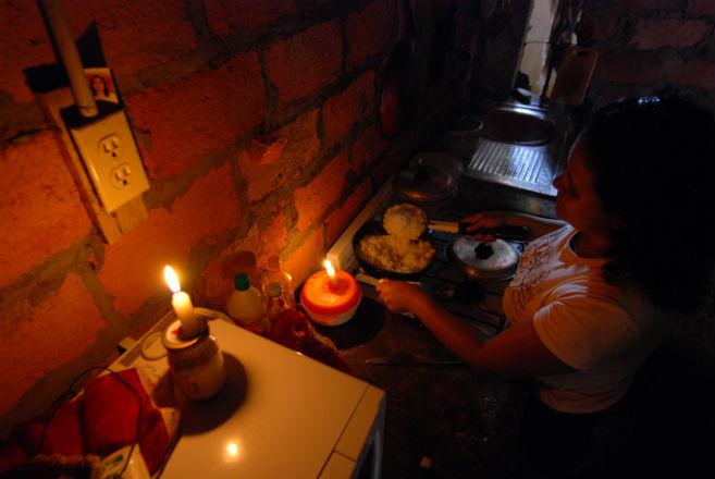 los cortes de energia sorprendieron a varias ciudades