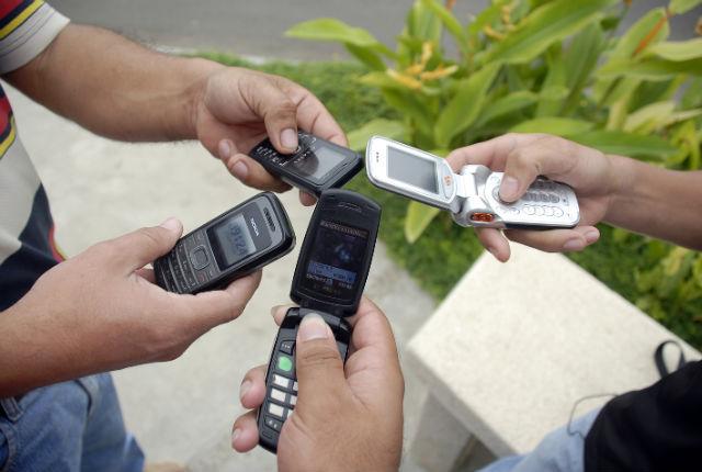 En Ecuador hay casi tantos teléfonos móviles activos como habitantes