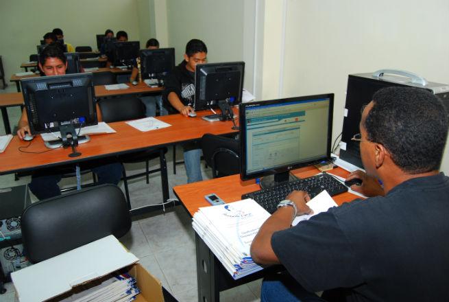 La Universidad Laica Eloy Alfaro de Manabí cumple este viernes 24 años de creación