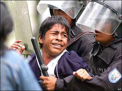 Vera: HRW debe puntualizar sus fuentes de información