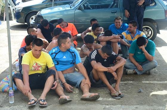 Detienen a 17 personas en un operativo en Portoviejo