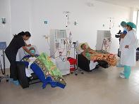 Unidad de diálisis municipal atiende pacientes