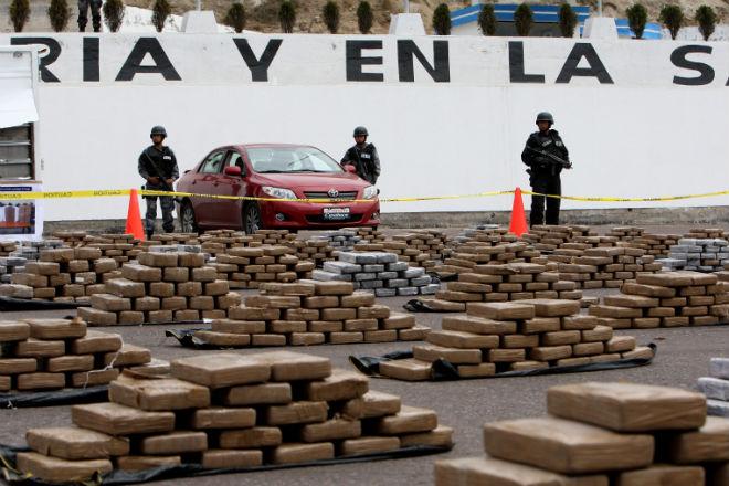 Policía de Ecuador advierte de amenazas de FARC por decomiso de su droga