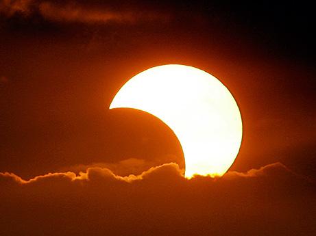 El primer eclipse solar se verá el próximo martes