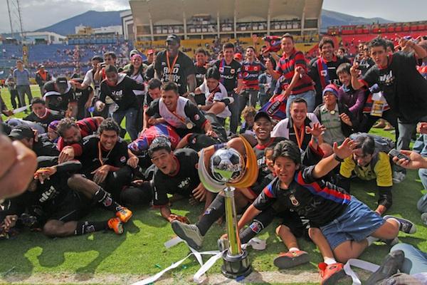 Campeón ecuatoriano juega hoy en Guadalajara su primer partido de la Libertadores 2012