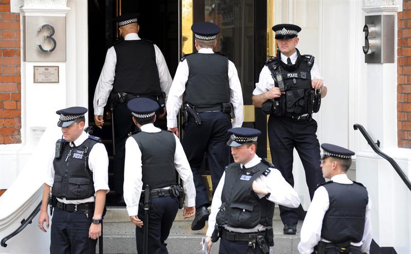 Londres asegura que tiene la obligación legal de extraditar a Assange