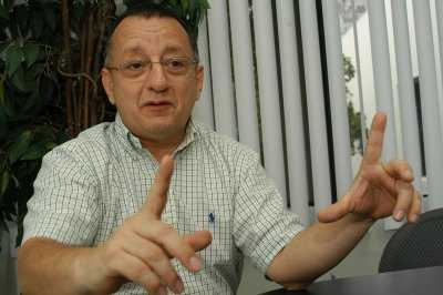 Proceso contra El Universo seguirá, afirma abogado de Correa