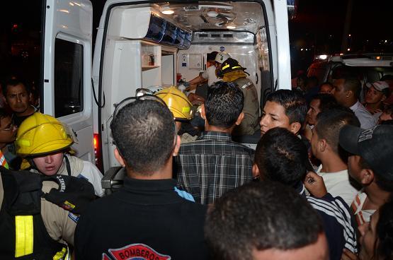 Una fallecida y 9 personas heridas en un choque en la vía a Manta