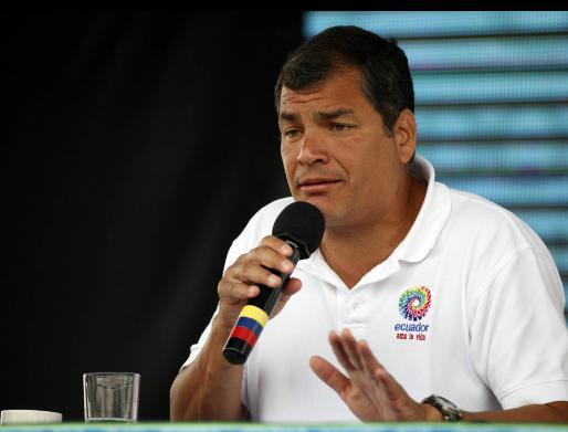 Correa desafía a Montúfar a demostrar injerencia en ley