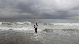 La tormenta 'Ernesto' puede convertirse en huracán