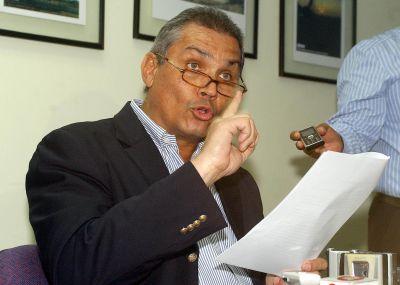 Patiño: Fabricio Correa es un payaso de la oligarquía