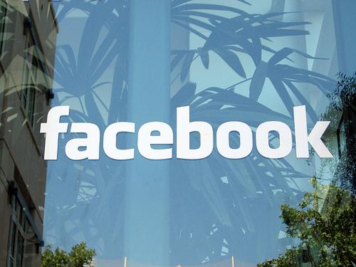 Creador de Facebook cambió configuración de privacidad