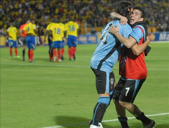 Vizuete asegura que el árbitro se parcializó con uruguayos