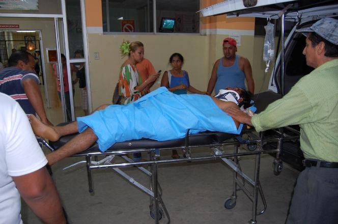 Volcamiento deja varios heridos