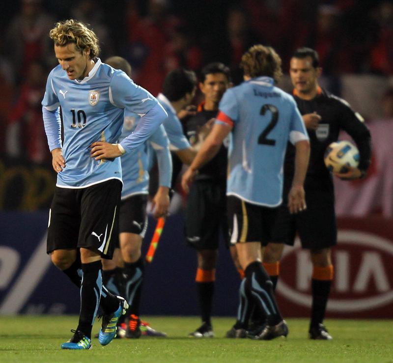 Uruguay necesita ganar, con Chile y Perú por delante