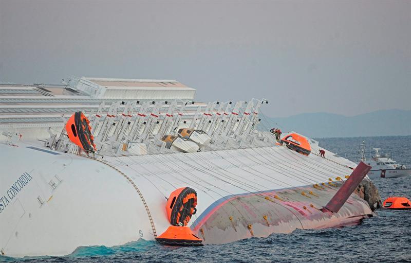 Ya son cinco los fallecidos en el crucero naufragado en la isla de Giglio