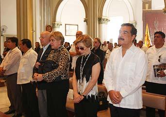Con una misa se recordó el primer aniversario de la muerte de León Febres Cordero