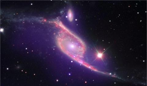 La NASA capta choque de dos galaxias