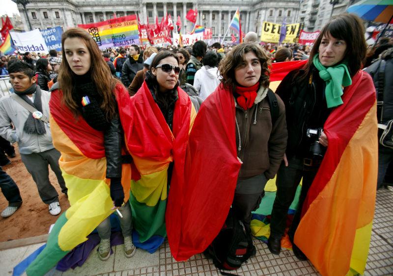 Argentina legaliza el matrimonio homosexual